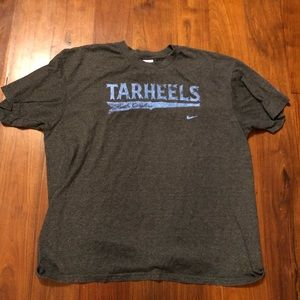 Men's Nike North Carolina Tarheels Tee Shirt XL
